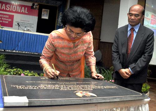 Menteri Pemberdayaan Perempuandan Perlindungan Anak (PP dan PA) Linda Amalia Sari Gumelar,