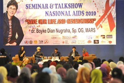 Seminar Nasional HIV/AIDS yang diadakan Fakultas Kedokteran (FK) Universitas Muhammadiyah Malang (UMM)